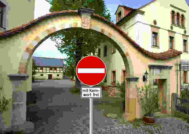 How can I access my office from the internet? (Wildberg Manor: from Wikipedia)
